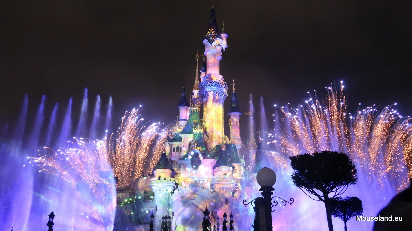Review: Disney Illuminations